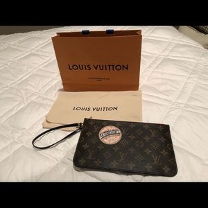 Authentic Louis Vuitton wristlet NWOT